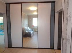 Двери-купе с зеркалом. Пример 6