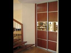 Двери-купе с зеркалом Стиль и удобство